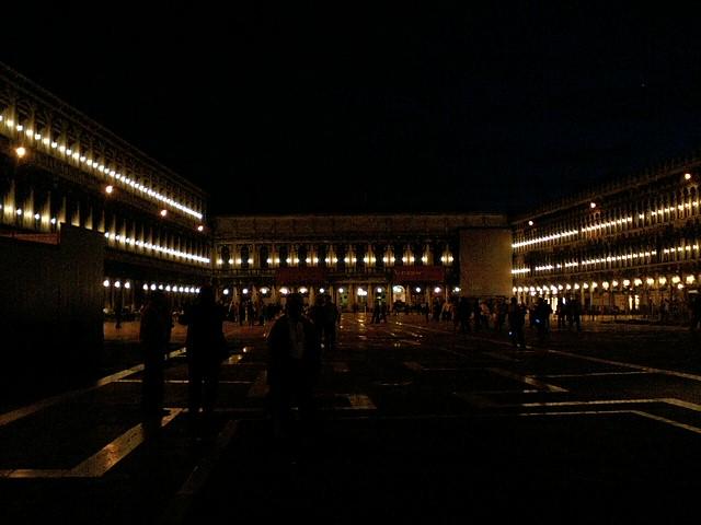 サンマルコ広場の夜